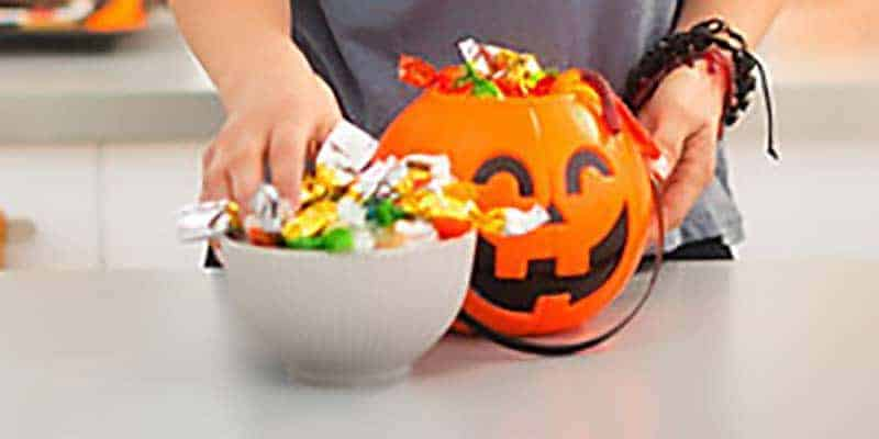 How to Handle the Halloween Candy Jungle as a Diabetic