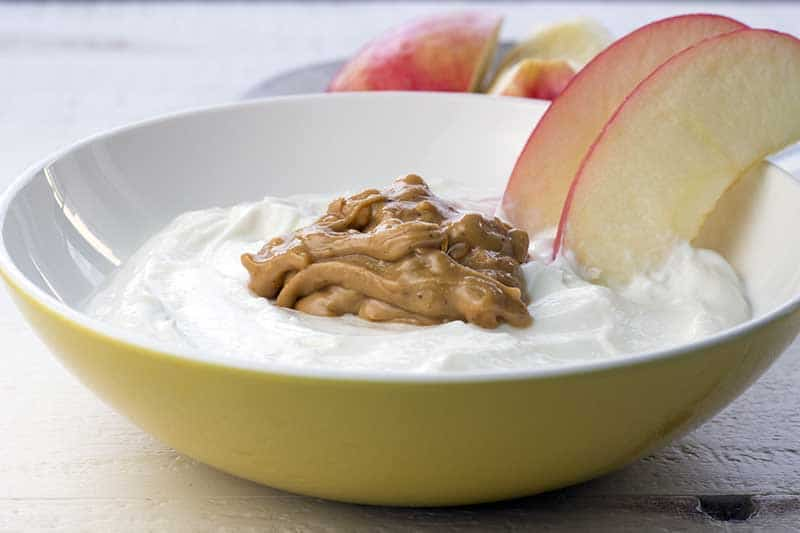 Yogurt with apple and peanut butter