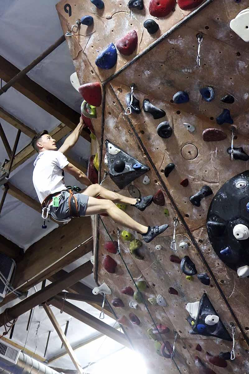 Interview with type 1 diabetic and American Ninja Warrior finalist Kyle Cochran